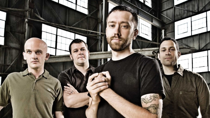 Rise Against – Wolves
